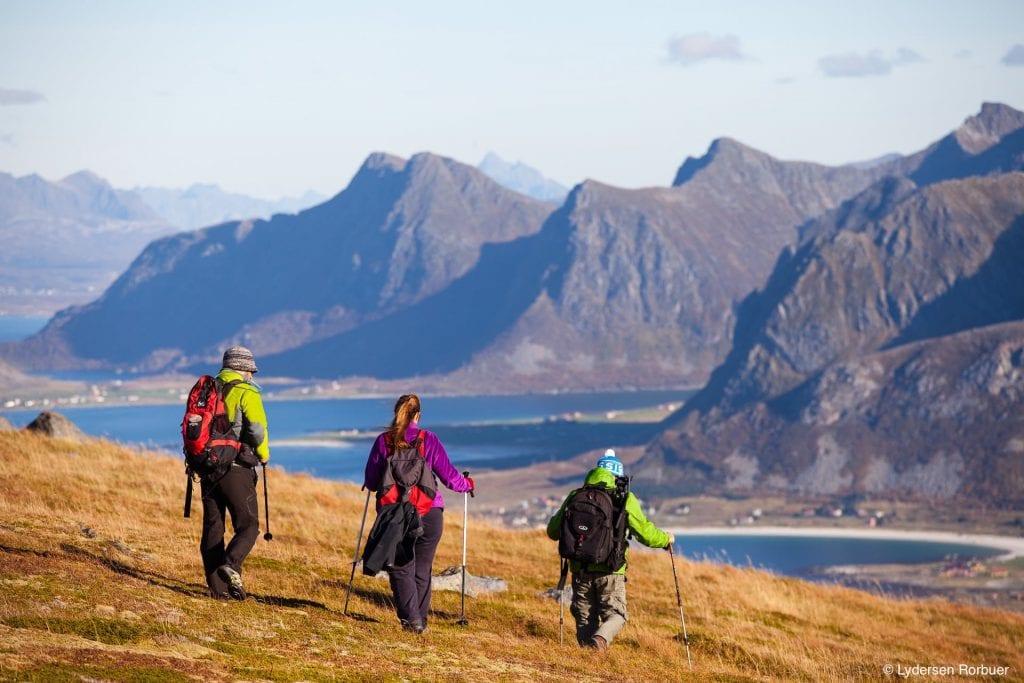 Lydersen Lofoten fjord hiking