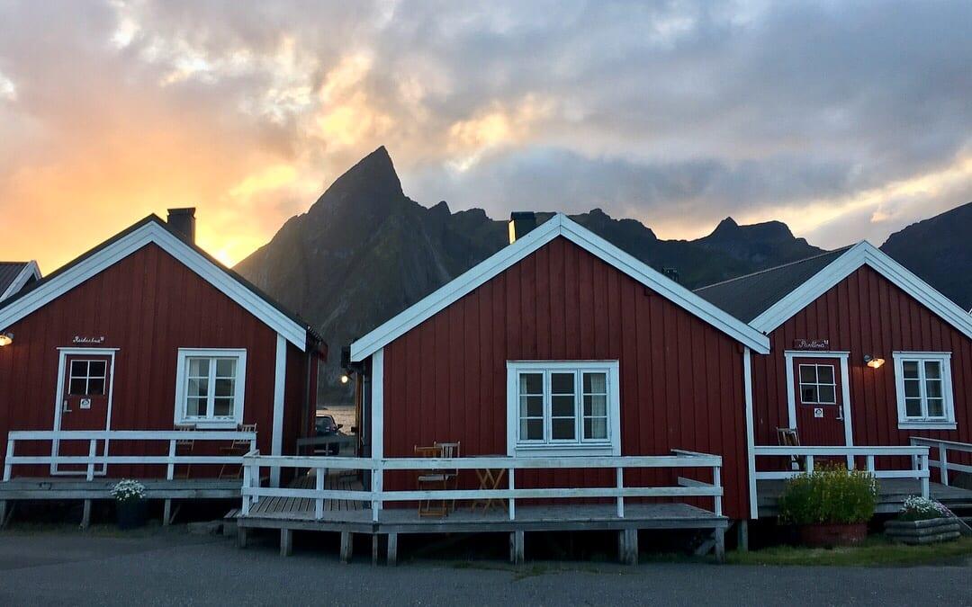 Eliassen Rorbuer cabins sunset