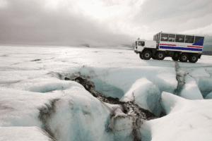 iceland-glacier-road-trip-winter